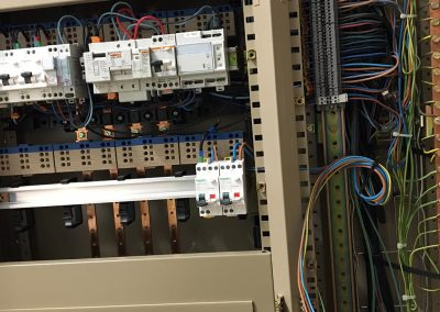 alimentation-electricite-climatisation-entreprise-industrie (2)
